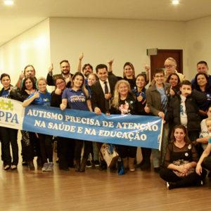 CCJ aprova substitutivo geral que trata da criação de censo para autistas no Paraná