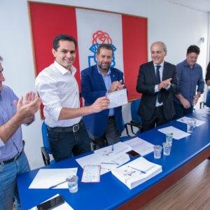 Pacheco oficializa filiação ao PDT