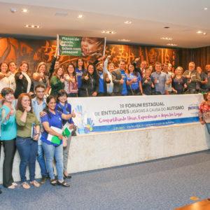 Fórum Estadual sobre autismo reúne entidades de todo o Paraná e é bastante prestigiado