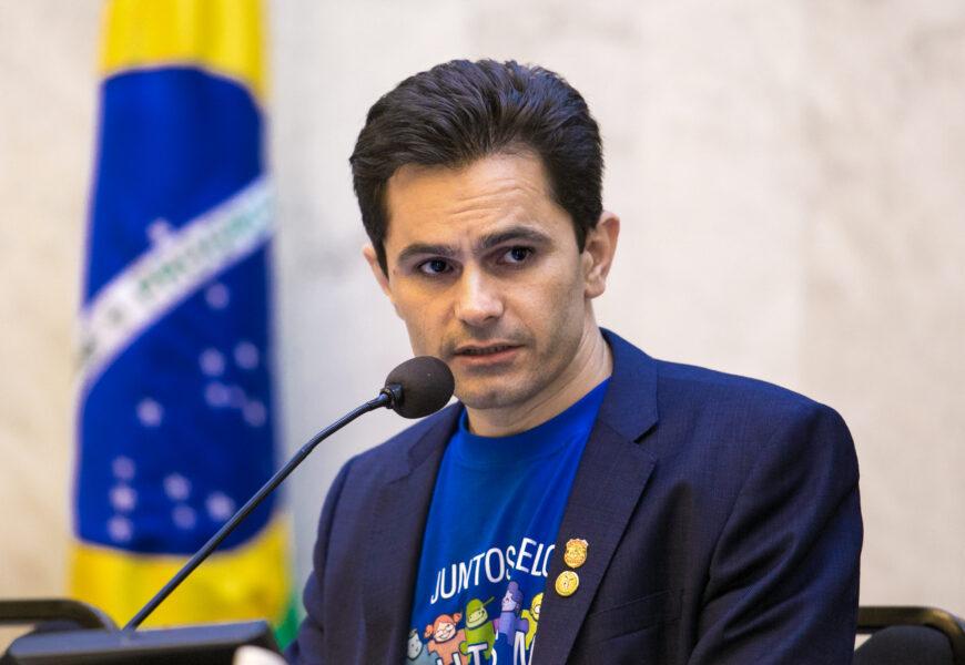 Aprovado requerimento de Pacheco que defende a inclusão  de autistas em grupo prioritário para vacinação do Covid-19