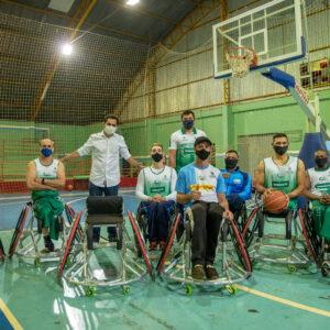 Com recursos de emenda de Pacheco, paradesporto Cascavel recebe dez cadeiras de rodas